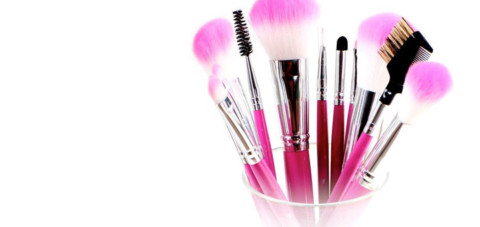 Makeup Brushes – How Best to Clean Them and How Often